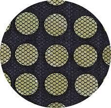 благодаря электричеству, камни нефрита нагреваются и отдают тепло в ткани